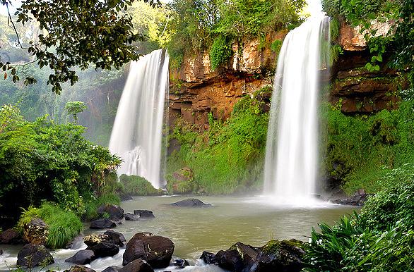 CATARATAS DEL IGUAZU IN PUERTO IGUAZU, Cataratas del Iguazu Puerto ...